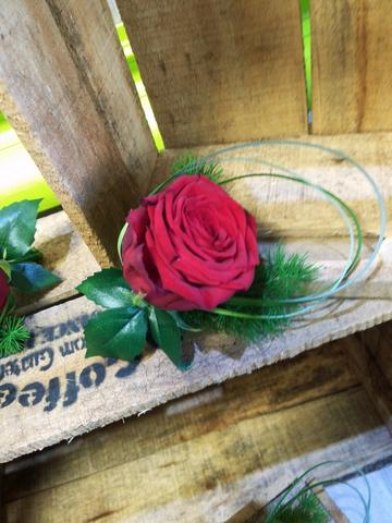 Boutonniere Rose Rouge